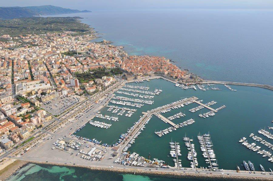 Alghero Port - Yacht Charter Sailica