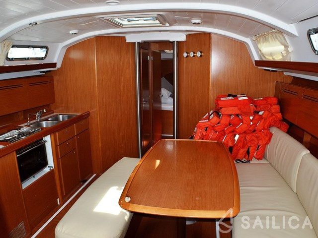 Cyclades 43.4 - Yacht Charter Sailica