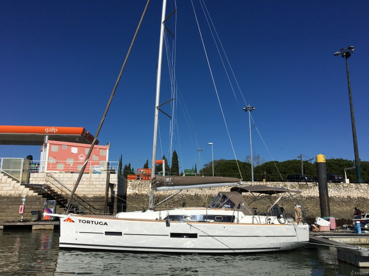 Dufour 382 Grand Large - Yacht Charter Sailica