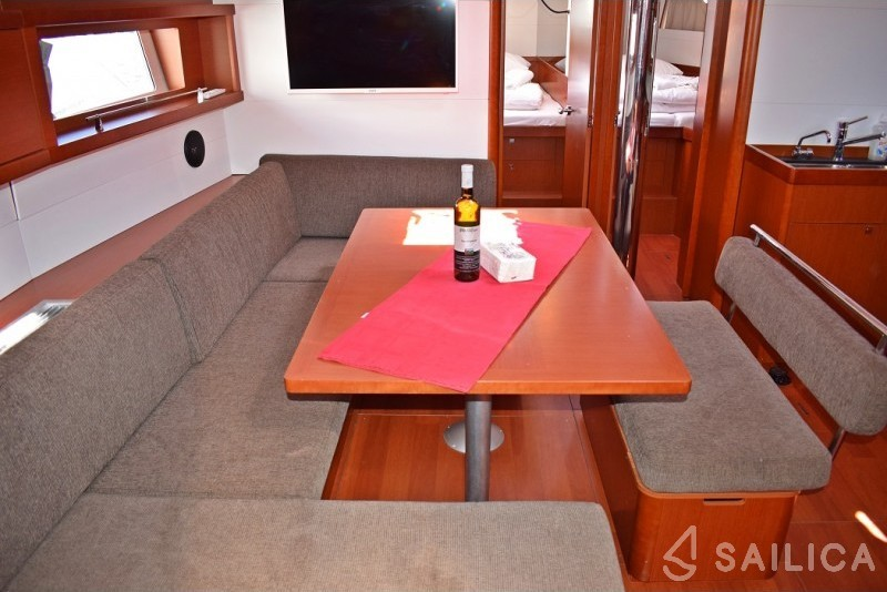 Beneteau Oceanis 48 - Sailica Yacht Booking System #7