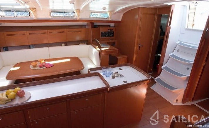 Cyclades 50.5 - Yacht Charter Sailica