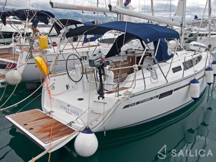 Bavaria Cruiser 34 - Yacht Charter Sailica