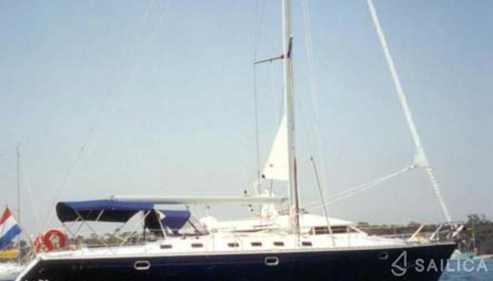 Sun Odyssey 45.2-4 - Yacht Charter Sailica