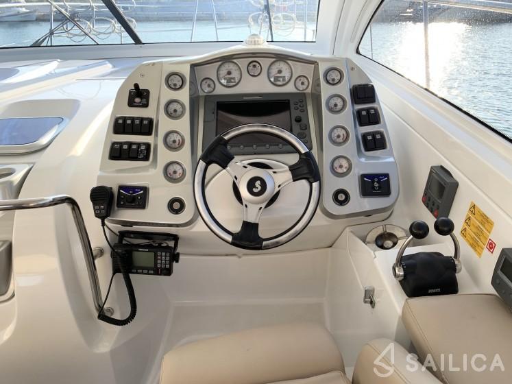 Monte Carlo 37 Hard Top - Yacht Charter Sailica