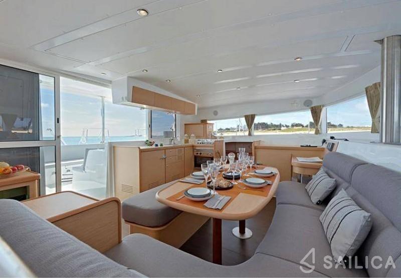 Lagoon 421 - Sailica Yacht Booking System #5