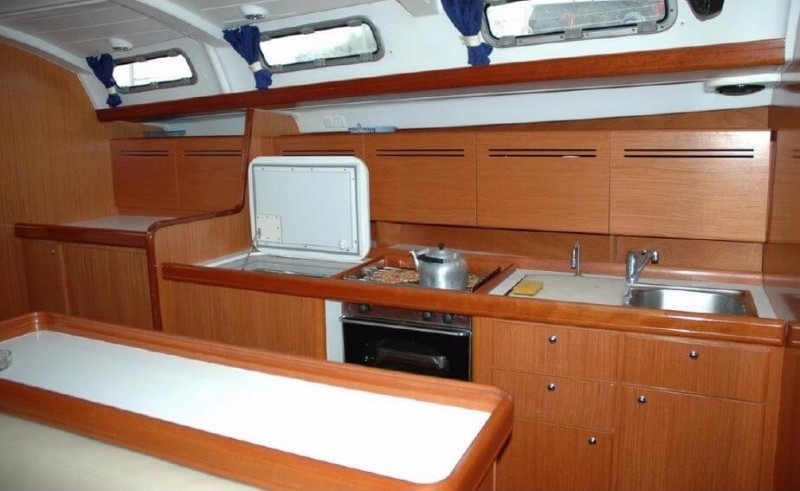 Cyclades 50.4 - Yacht Charter Sailica