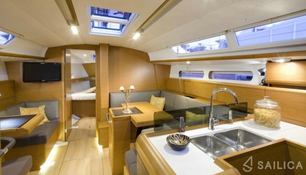 Sun Odyssey 409 - Sailica Yacht Booking System #14