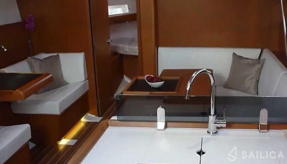 Sun Odyssey 409 - Sailica Yacht Booking System #15