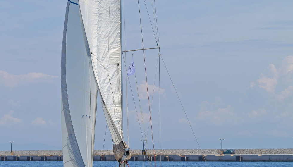 Sun Odyssey 409 in Mandraki Marina - Sailica