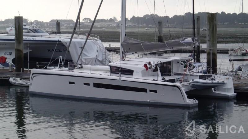 EOS 54 - Yacht Charter Sailica