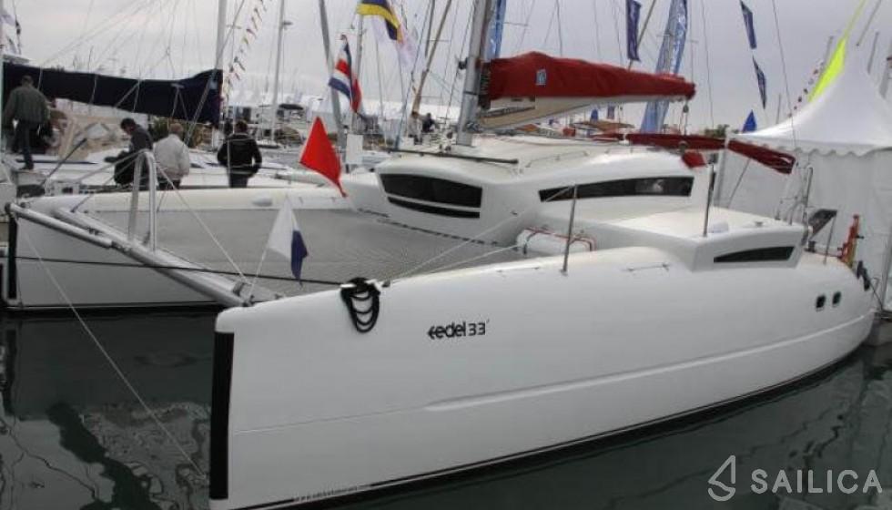 Rent EDEL 33 in France - Sailica