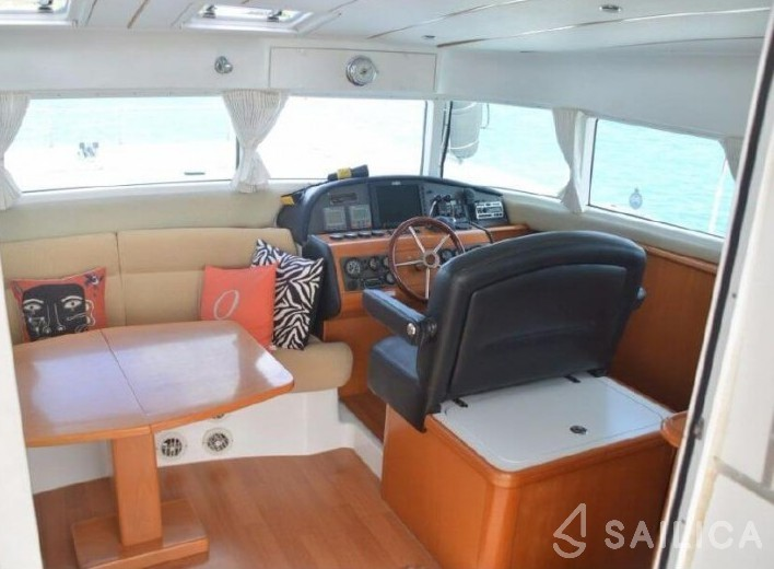 Lagoon Power 43 - Sailica Yacht Booking System #5