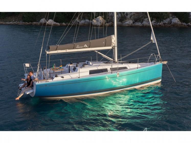 Hanse 315 - Yacht Charter Sailica