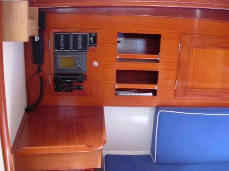 Hanse 311 - Yacht Charter Sailica