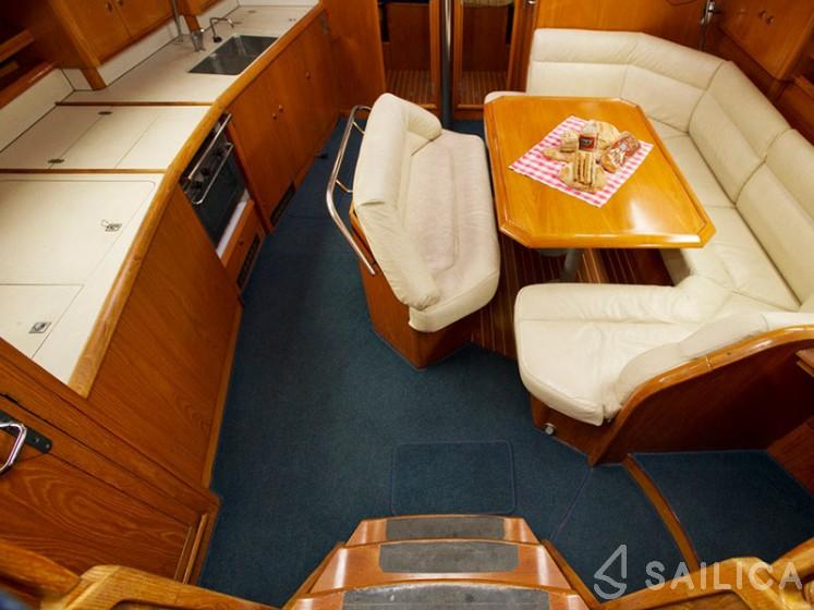 Sun Odyssey 45.2 in Marina Volos - Sailica