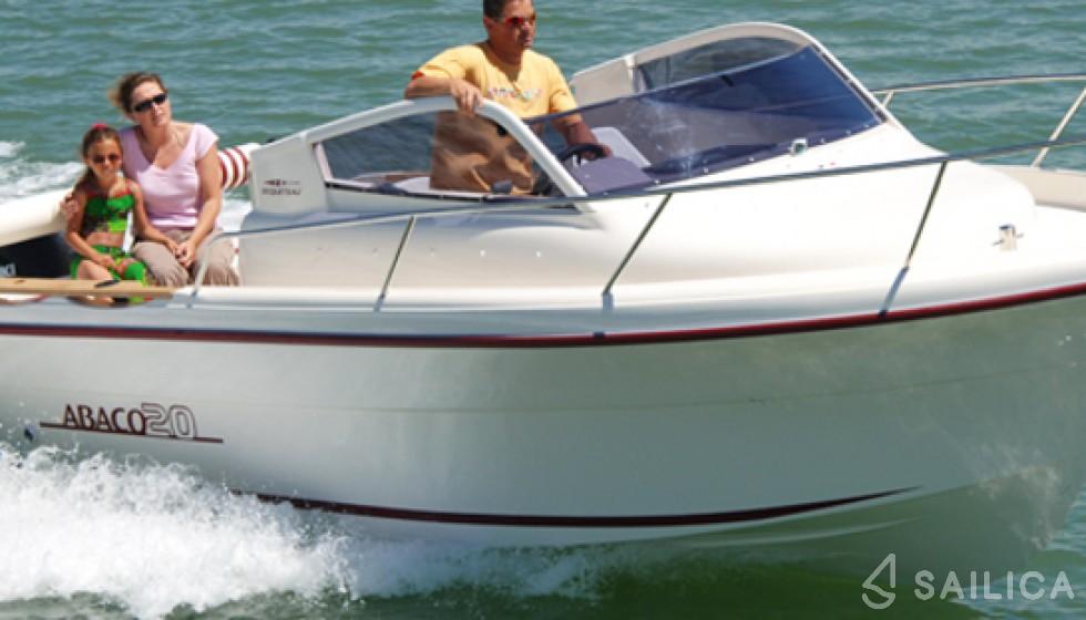 Oqueteau Abaco 20 - Yacht Charter Sailica