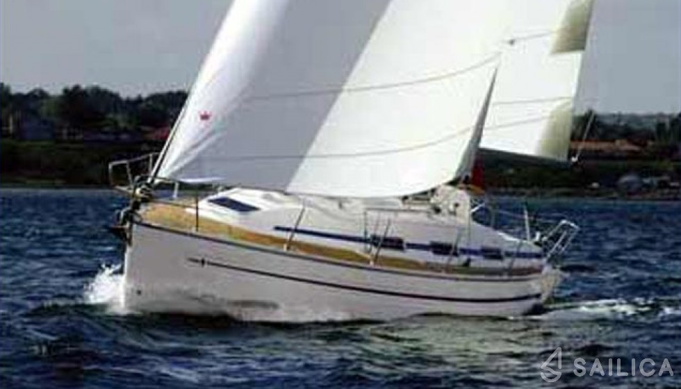 Bavaria 32 - Yacht Charter Sailica
