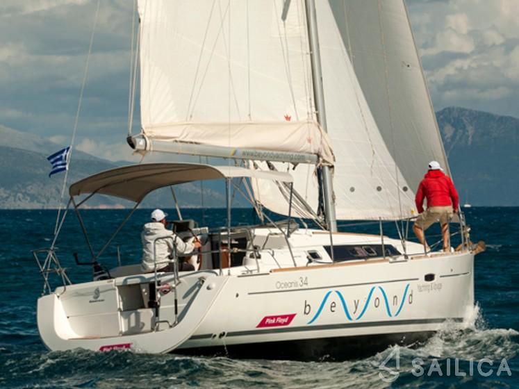 Oceanis 34 - Yacht Charter Sailica