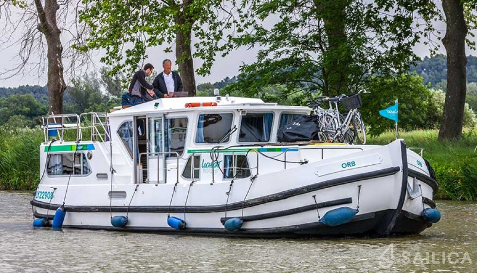 Pénichette 1180 FR - Yacht Charter Sailica