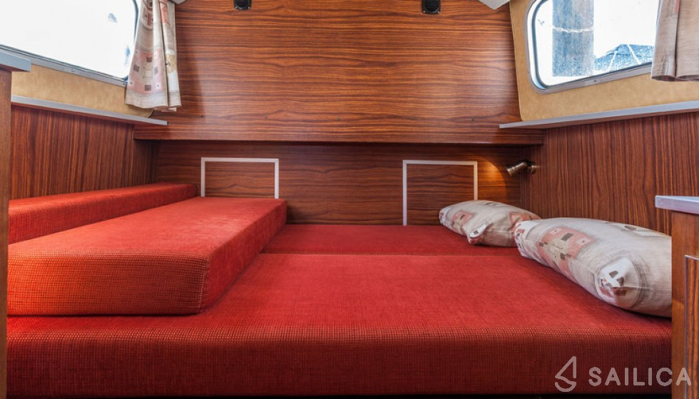 Pénichette 1107 FR - Yacht Charter Sailica