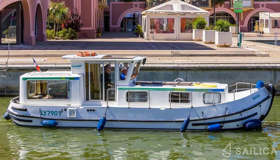 Pénichette 935 FR - Yacht Charter Sailica