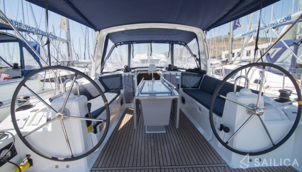 Rent Oceanis 41.1 in Croatia - Sailica