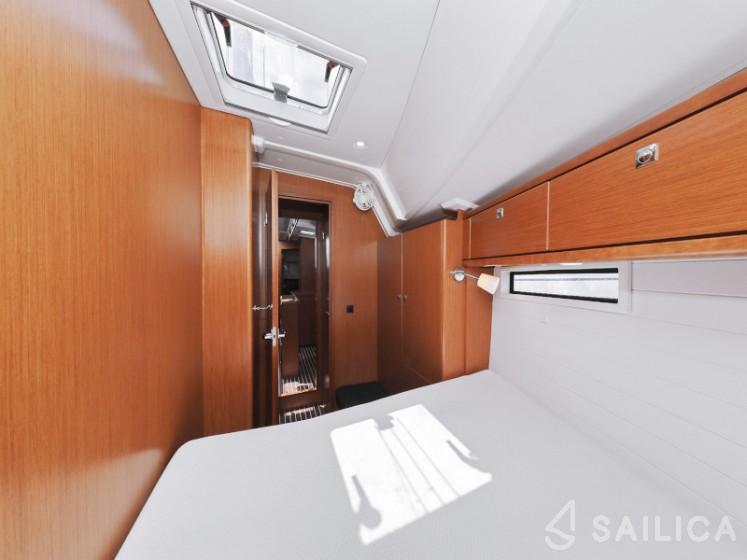 Bavaria Cruiser 46 - Yacht Charter Sailica