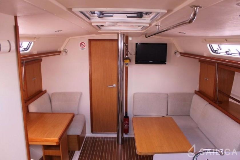 Hanse 400 - Yacht Charter Sailica