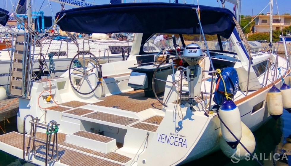Rent Oceanis 45 in Greece - Sailica