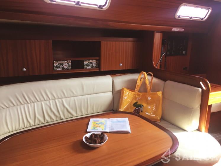 Salona 45 - Yacht Charter Sailica