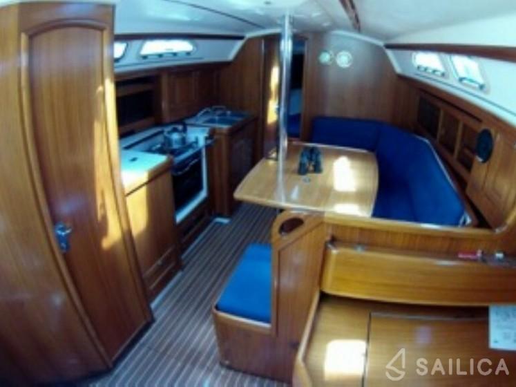 Elan 40 - Yacht Charter Sailica