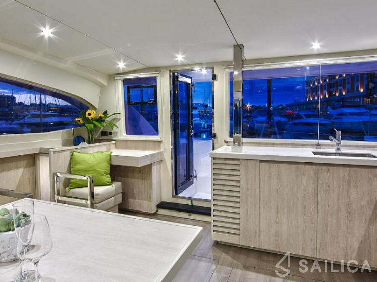 Sunsail 404 - Sailica Yacht Booking System #4