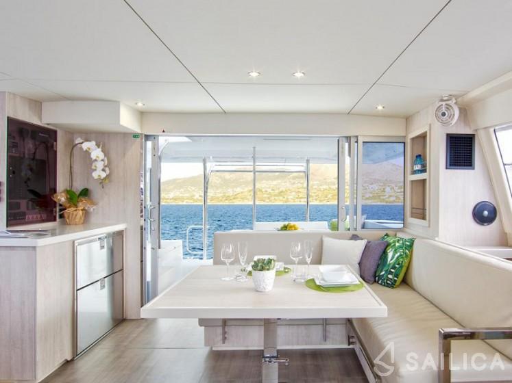 Sunsail 404 - Sailica Yacht Booking System #10