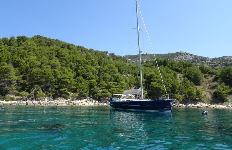 Dufour 56 Exclusive 6 cab - Yacht Charter Sailica