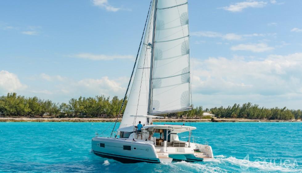 Rent Lagoon 42 in Grenada - Sailica