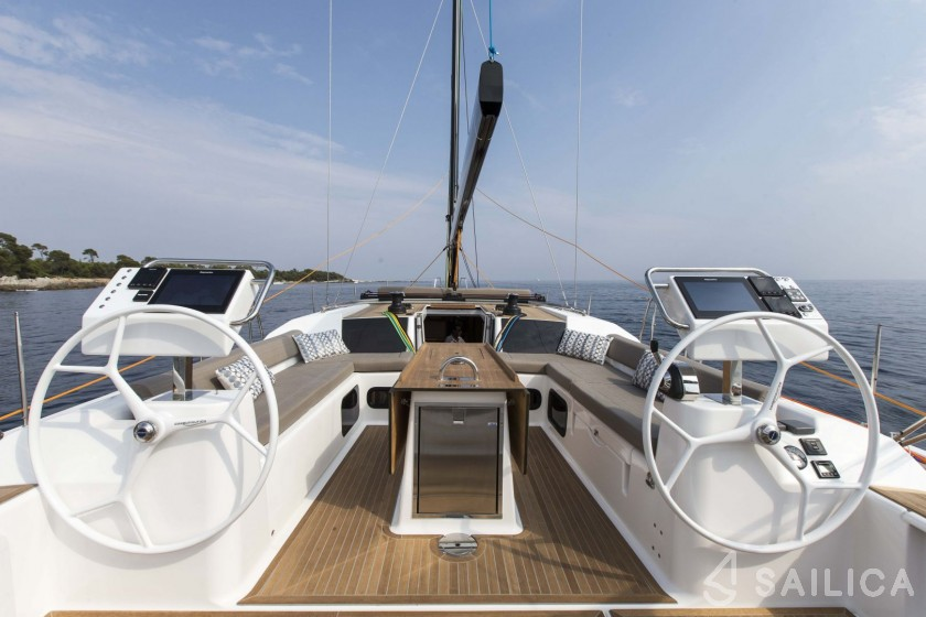Dufour 56 Exclusive - Yacht Charter Sailica