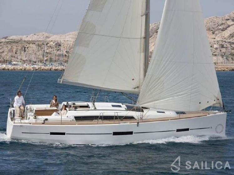 Dufour 412 - Yacht Charter Sailica