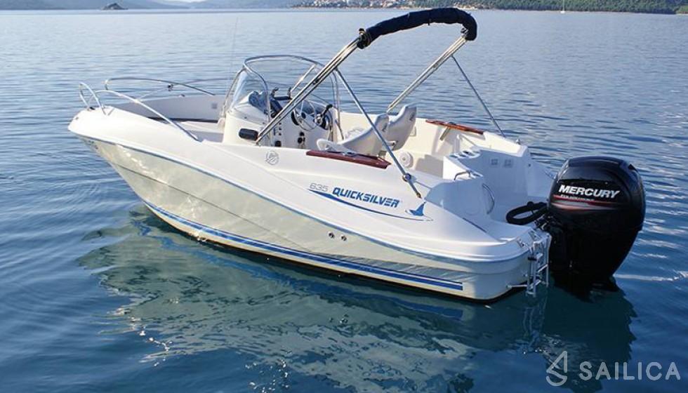 Quicksilver 635 Commander - Yacht Charter Sailica