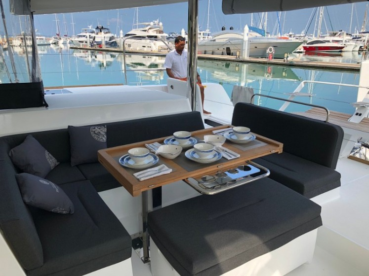 Lagoon 52F - Sailica Yacht Booking System #18