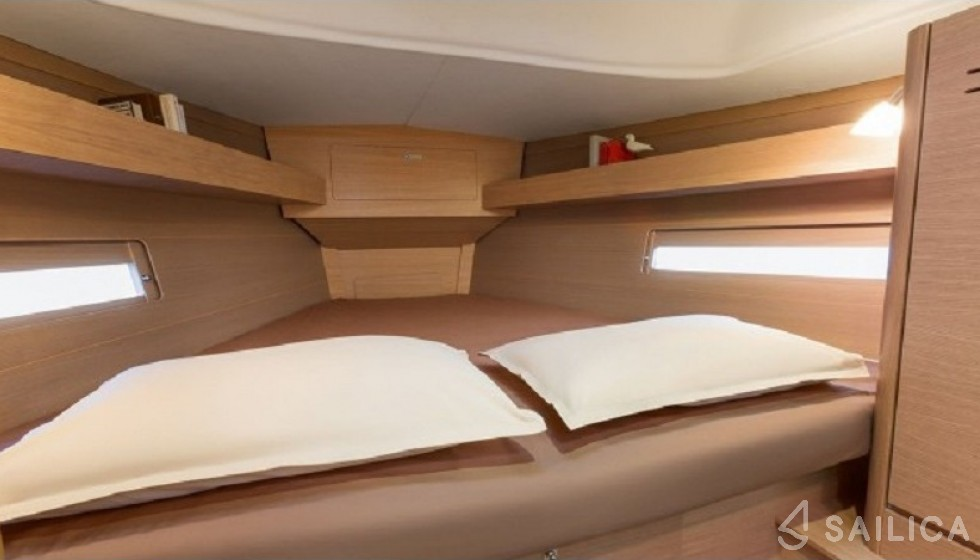 Dufour 382 - Sailica Yacht Buchungssystem #9
