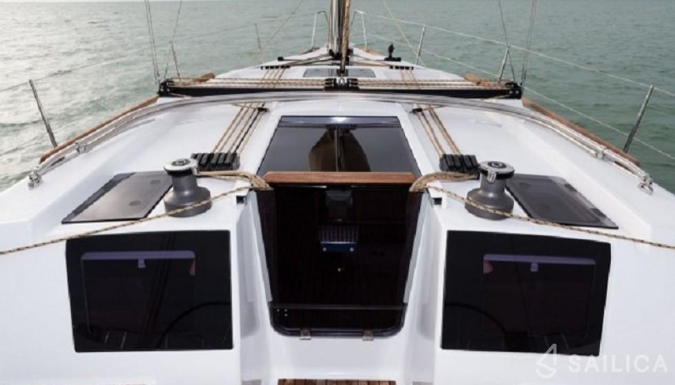 Dufour 382 - Sailica Yacht Buchungssystem #5