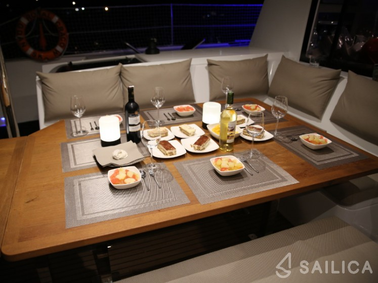 Saba 50 - Sailica Yacht Booking System #9