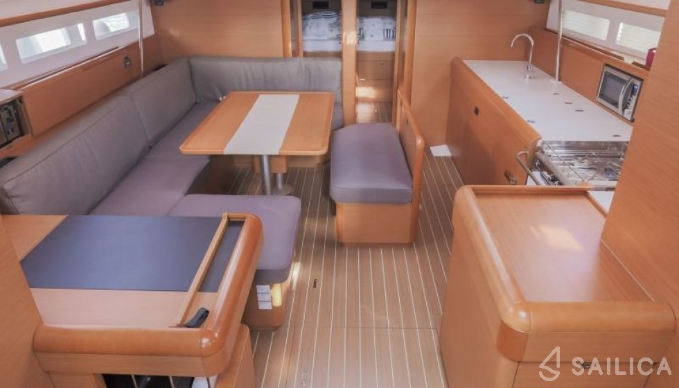 Rent Sun Odyssey 519 - 4 cabin in Greece - Sailica