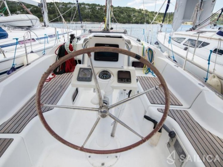 Oceanis 31 - Sailica Yacht Booking System #6