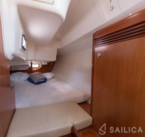 Oceanis 31 - Sailica Yacht Booking System #13