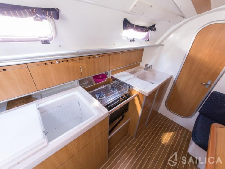 Harmony 34 - Sailica Yacht Booking System #5