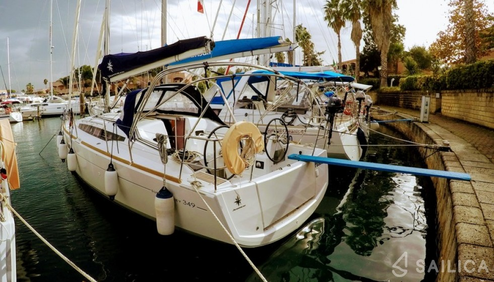 Sun Odyssey 349 - Sailica Yacht Booking System #8