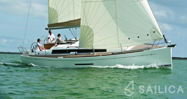 Dufour 380 - Yacht Charter Sailica