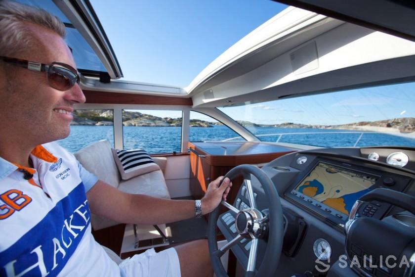 Nimbus 365 Coupé - Yacht Charter Sailica
