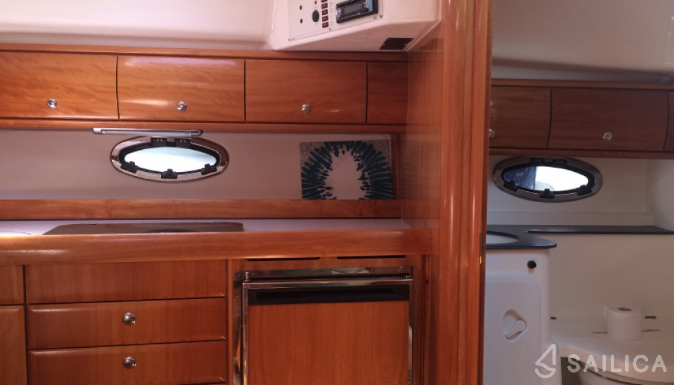 Bavaria 32 Sport - Yacht Charter Sailica
